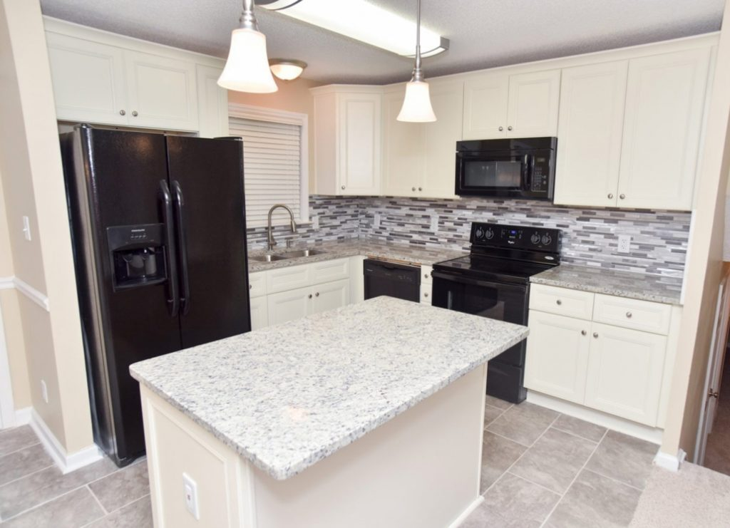 French Vanilla Cabinets For A Glamorous Kitchen Cgd